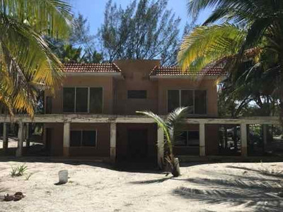 Se Vende Casa En Isla Aguada... Ideal Para Remodelacion