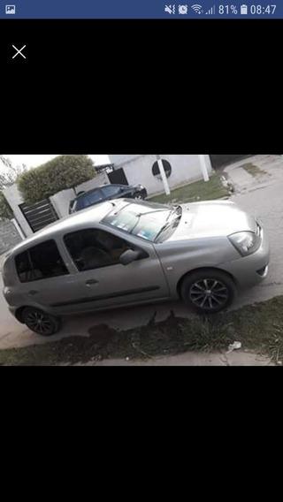 Renault Clio 2007 1.6 Privilege