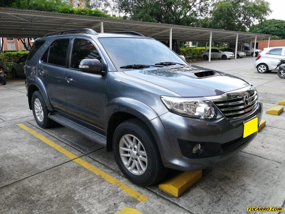 Toyota Fortuner At 3000cc 4x4 Dsl 7psj