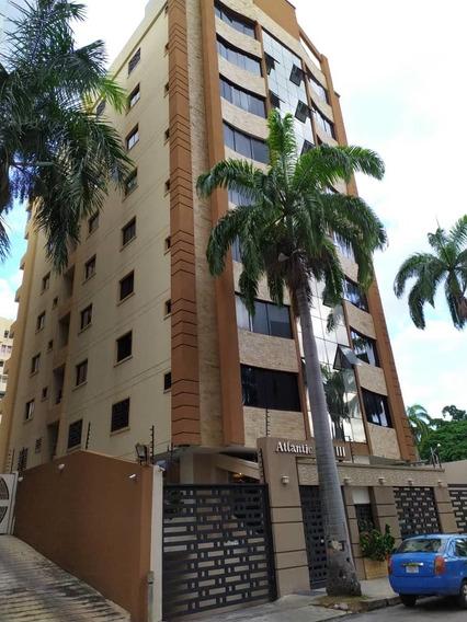 Apartamento En Venta Urb. San Isidro