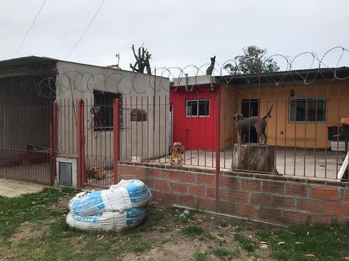 Venta De Casa De 2 Ambientes ,zona Gutemberg Y Padre Dutto- En  Mar Del Plata