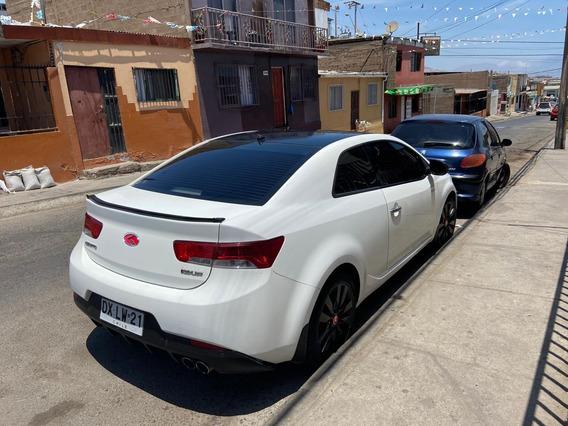 Kia Cerato Koup Blanco Motor 2.0 Mecánico