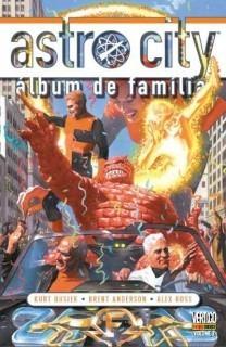 Panini Astro City 3 - Álbum De Família