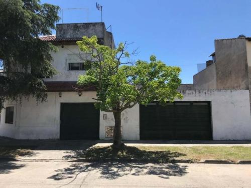 Casa Para 2 Familias En Venta En Sarandi Oeste