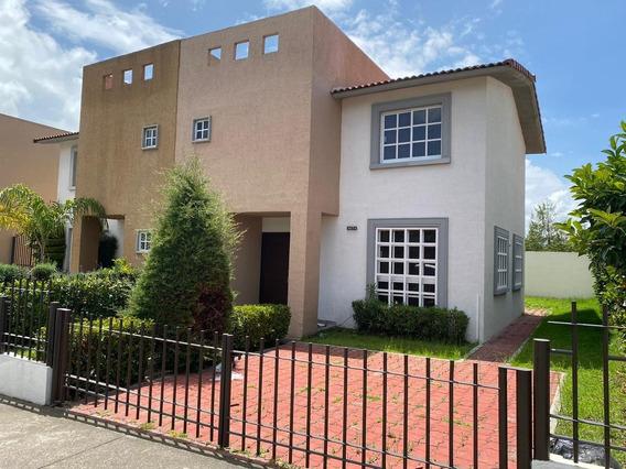 Casa En Renta En Fracc Villas Del Campo, Calimaya, Metepec