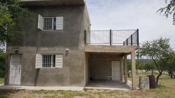 Casa De 2 Dormitorios .1 Baño Cocina Comedor .terraza Etc
