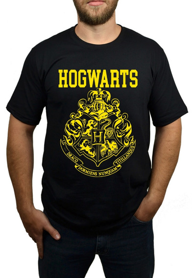 Camiseta Hogwarts - Harry Potter - Preto