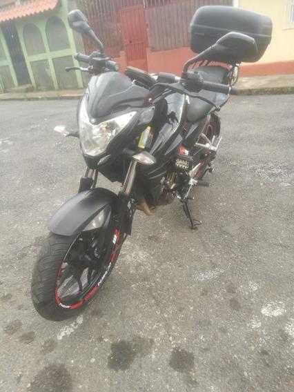 Moto Ns200