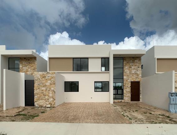Casa Nueva En Venta En Privada Bosques De Conkal 2, Mérida Norte