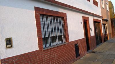 Casa 3amb.con Patio,cochera,terraza,permuta Cap. V Luzuriaga