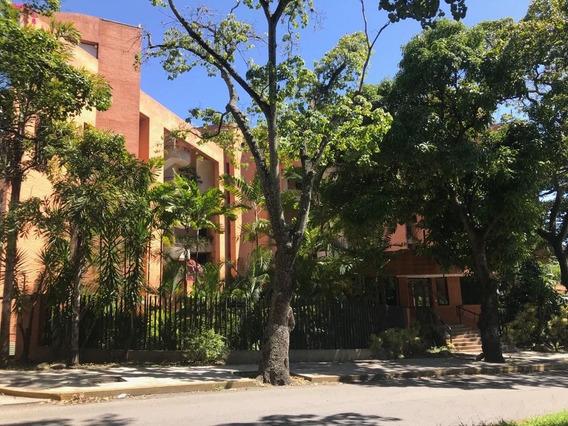 Apartamento En Alquiler La Castellana 85 Mts