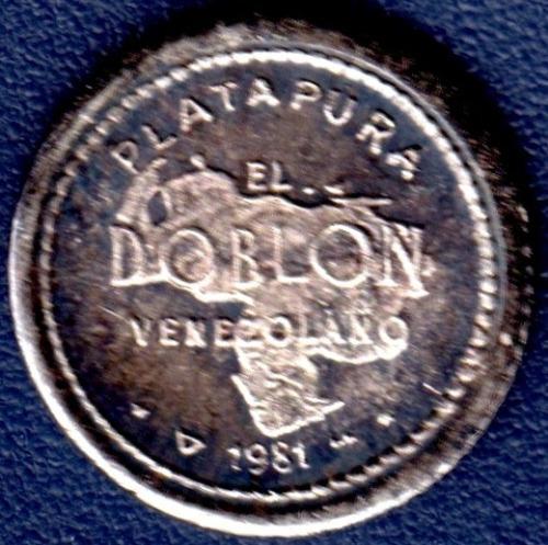 Imagen 1 de 2 de Mini Medalla De Plata Pura Simón Bolívar Doblón Venezolano