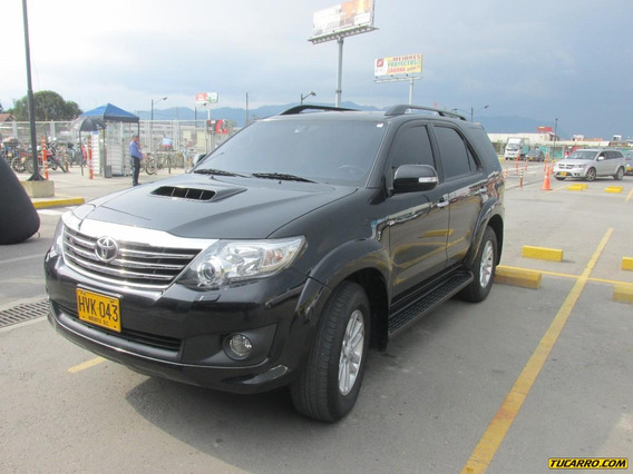 Toyota Fortuner Automatica/full