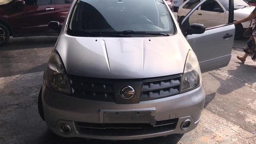 Imagem 1 de 10 de Nissan Livina Ano 2010 / 1.8 / 16v. / Autom ... Completo !!