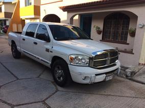 Dodge Ram 2500 5.7 Pickup Mega Cab Laramie 4x2 At