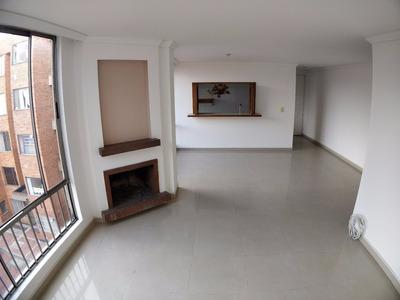Bonito Apartamento De 2 Cuartos Y 2 Baños