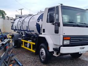 Caminhão Limpa Fossa / Combinado / Hidrojato 10 500 Litros
