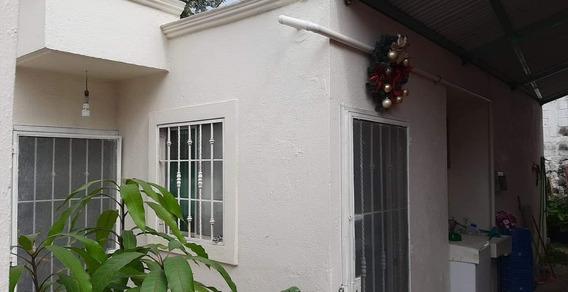 Casa 2 Recamaras, 1 Local, Garage 3 Vehiculos, Esquina