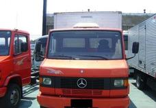 Mb 710 Ano 2005/2006 Baú
