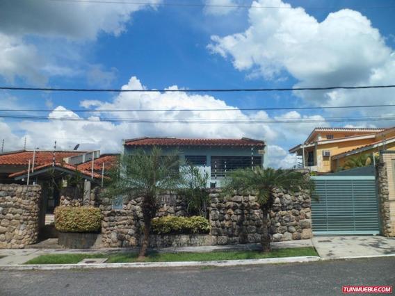 Casas En Venta Guataparo Valencia Carabobo 19-3868 Prr