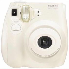 Câmera Instax Mini 7s Com Flash Cor Branca
