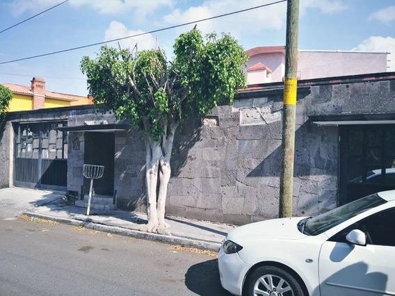 Casa Habitación Con 5 Habitaciones (4 Con Baños Propios Con