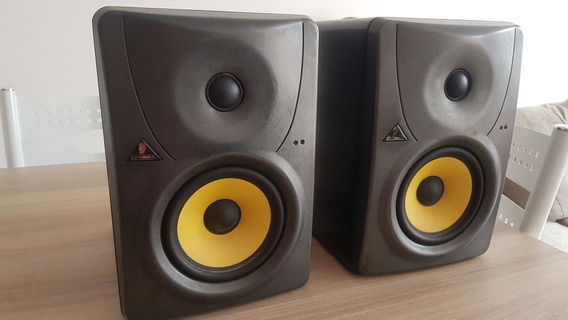 Monitores Behringer