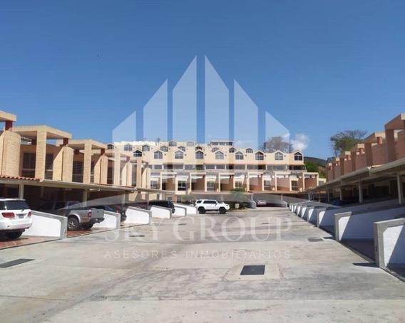 Townhouses En Tierra De Gracia El Rincón Atth-83