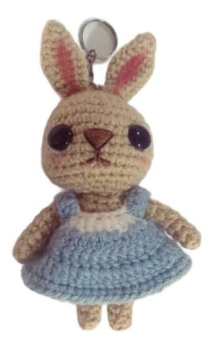 Imagen 1 de 7 de Hermosa Conejita Vestido Azul -amigurumi -crochet (llavero)