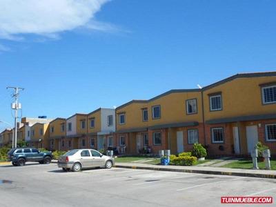 Townhouses En Venta 17-28015cl