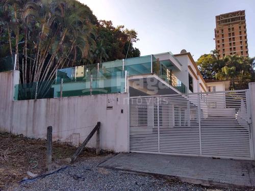 Casa À Venda No Centro Em Brusque/sc - 1300