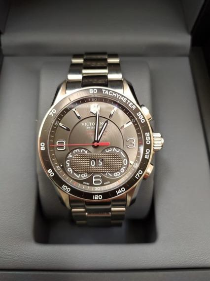 Relógio Victorinox Classic Chronograph - Usado