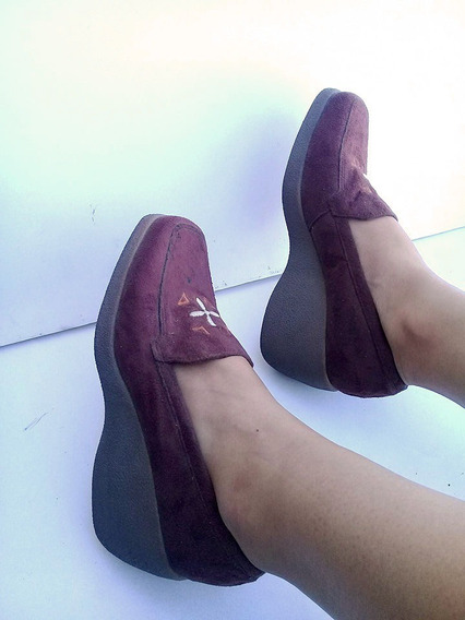 Zapato Mocasin Dama Marron Bordado,taco 7cm