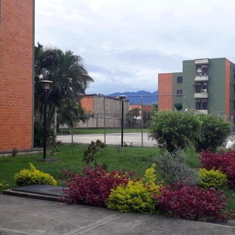 Apartamento En Venta Urb Narayola I Maracay/ 20-8303 Wjo