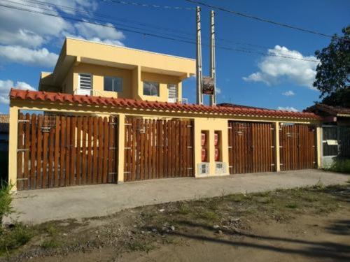 Imagem 1 de 14 de Linda Casa Nova No Litoral R
