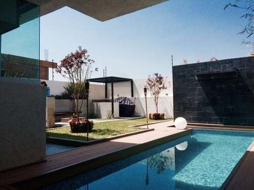 Imagen 1 de 16 de Preciosa Residencia En Lomas De Juriquilla, Alberca Propia, Jardín, De Lujo !!