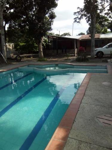 Imagen 1 de 6 de Casa En Tonsupa Playa Azul
