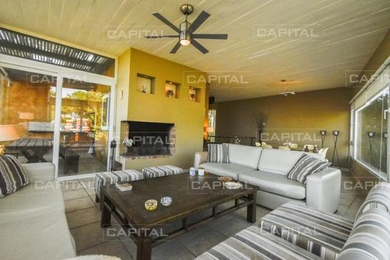 Casa Moderna De Cinco Dormitorios En Playa Montoya, Punta Del Este-ref:28830