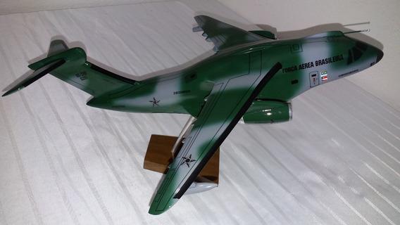 Miniatura De Avião Kc 390 Camuflado