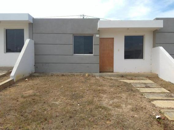 Casa En Venta Intercomunal Cabudare Lara 20-3215