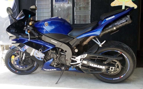 Moto Yamaha R1 1.000 C.c