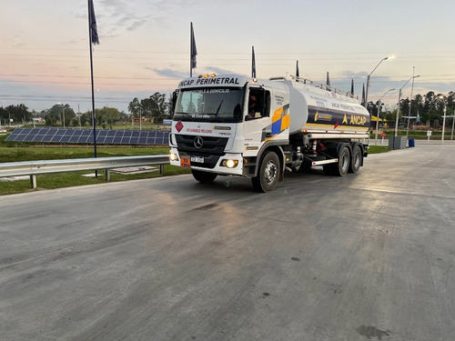 Camion Cisterna Combustible Mercedes Atego 2425