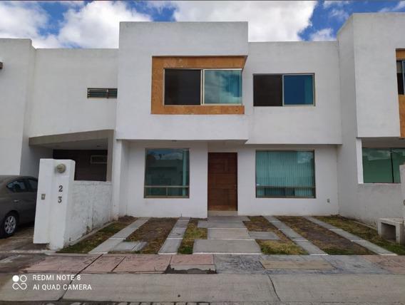 Casa En Renta En Fraccionamiento San Jerónimo