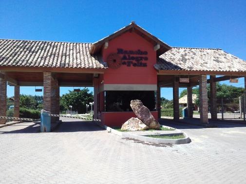 Casa Em Águas Claras Com 3 Dormitórios - Rg5003