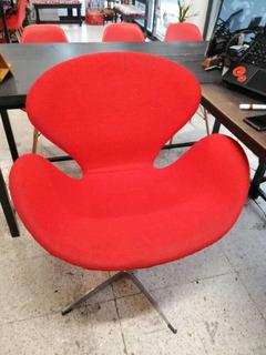 Silla Swan Moderna Tipo Arne Jacobsen Roja