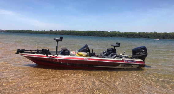 Quest 258 Bass Boat