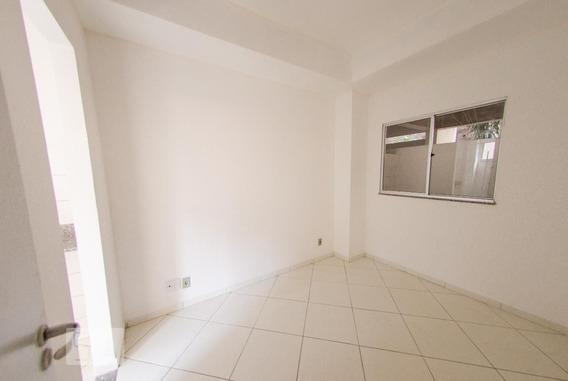 Casa Com 1 Dormitório - Id: 892946180 - 246180
