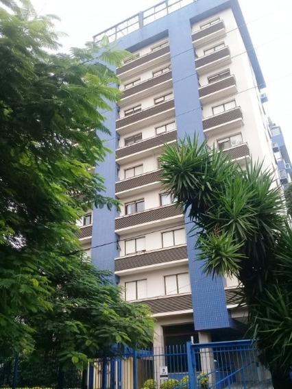 Apartamento Em Petrópolis Com 3 Dormitórios - Sc11085