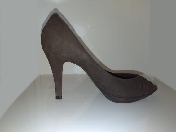 Sapato Peep Toe Arezzo (camurça)