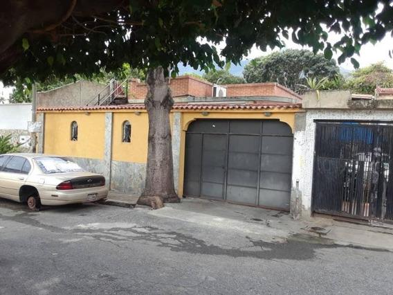 Casa En Venta 19-16939 Campo Claro